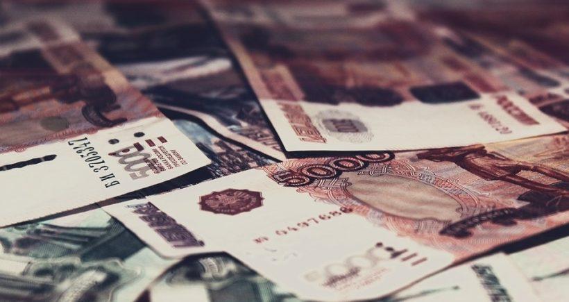 МРОТ повысится с мая до 11 163 рублей