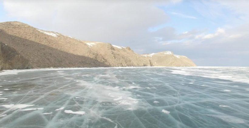 Открыта ледовая переправа на остров Ольхон на Байкале