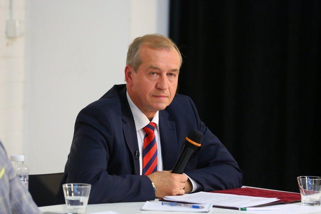 Сергей Левченко — на последнем месте рейтинга глав субъектов России по итогам декабря