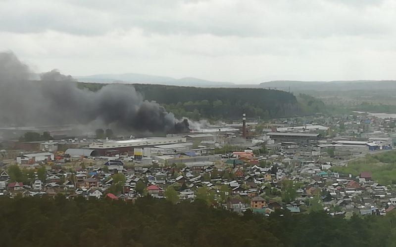 Продуктовый склад горел в Иркутске 20 мая