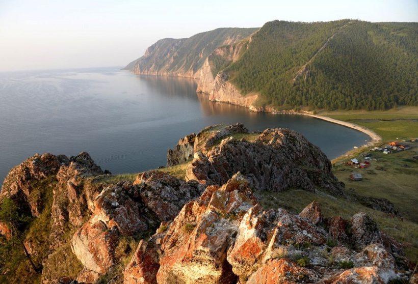 Ведущие лимнологи России обсудили важные вопросы, связанные с состоянием вод озера Байкал