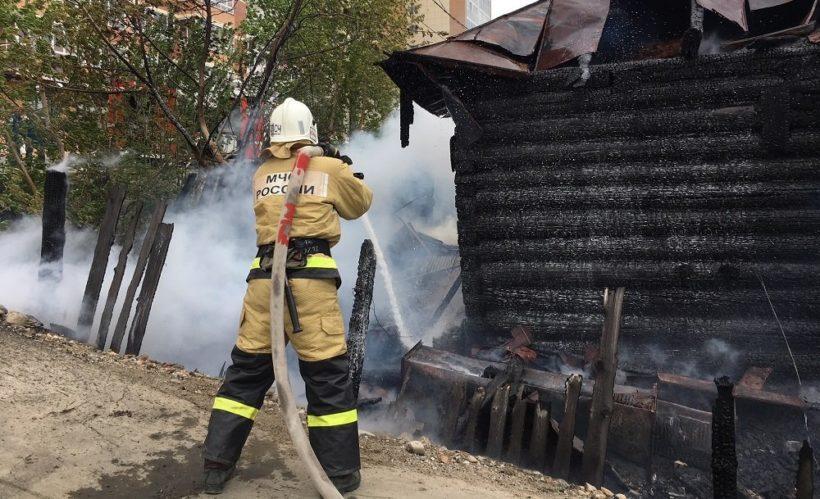 Памятник архитектуры Дом Козьмина горел в Иркутске