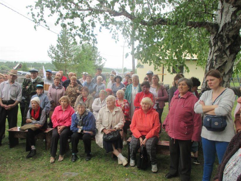 Жителям Шелеховского района представили планы по перевозке отходов БЦБК в Моты. Шелеховчане против
