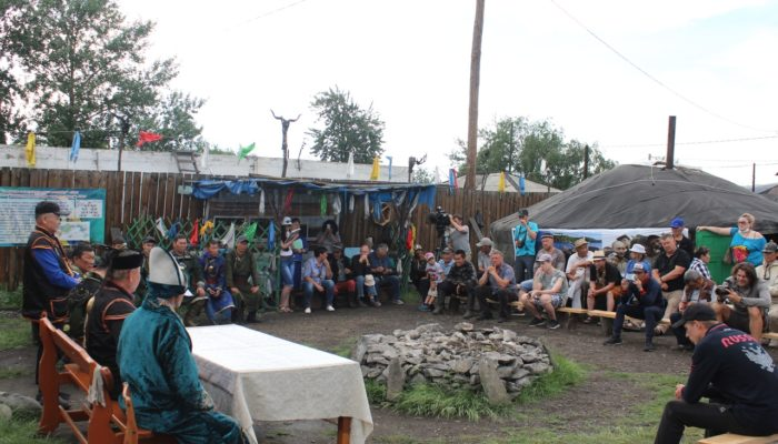 Иркутские шаманы попросили Путина признать тенгрианство официальной религией