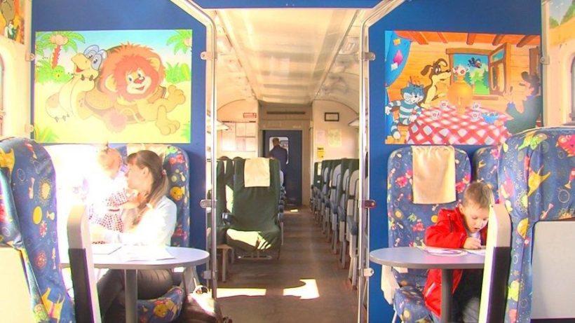 В составе электричек Иркутск – Черемхово – Зима начал курсировать вагон для пассажиров с детьми
