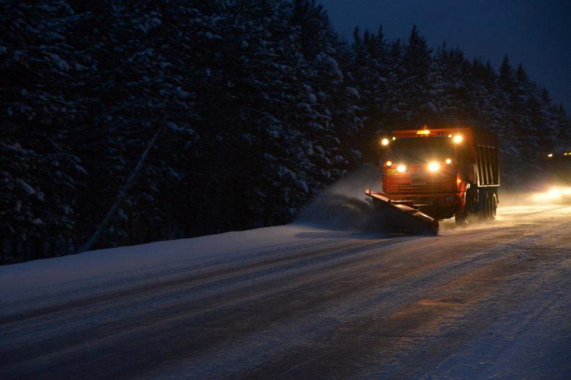 Дорожные службы патрулируют федеральные трассы Иркутской области каждые три часа