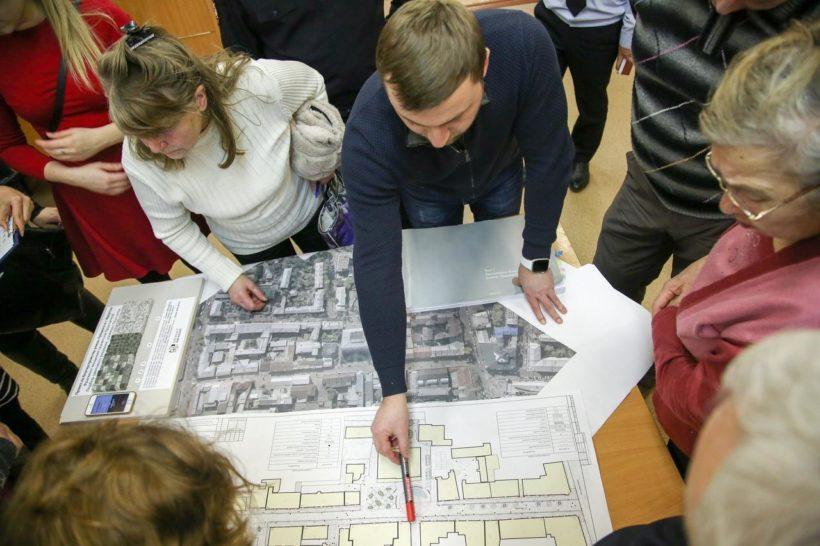 Сквер на пересечении улиц Российской и Марата предложили выложить плиткой в форме карты Иркутской области