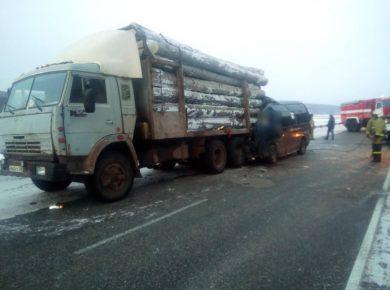 Видео с места ДТП на трассе Иркутск-Усть-Уда. Четверо погибших