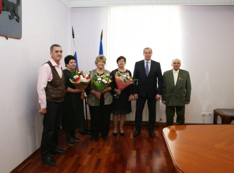 Звания «Ветеран труда Иркутской области» удостоились первые пять человек