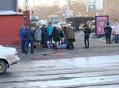 Две машины столкнулись на пересечении улиц Партизанская и Советская в Иркутске