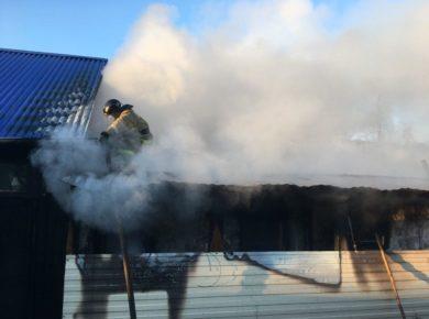 За сутки в Иркутской области произошло более 20 пожаров. Два человека пострадали