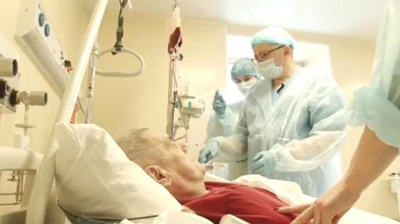 Иркутские онкологи впервые провели трансплантацию костного мозга от донора