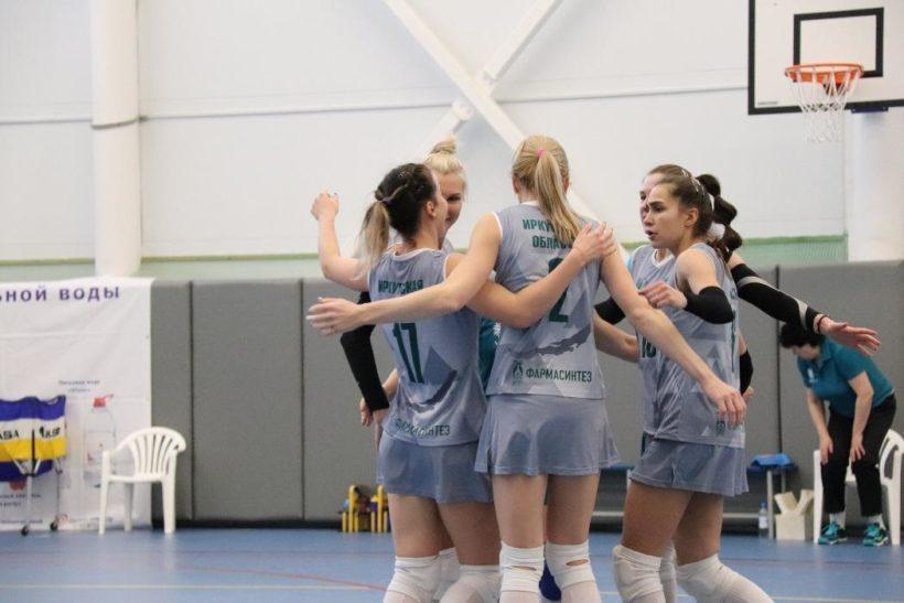 Иркутянки на первом месте по итогам пяти туров чемпионата России по волейболу среди женских команд