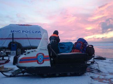 Катер, пропавший в ноябре на Байкале, обнаружили спасатели