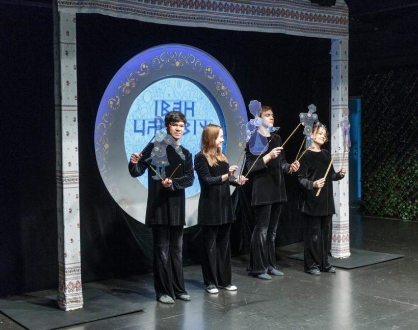 Первый теневой спектакль покажут в Иркутском театре кукол