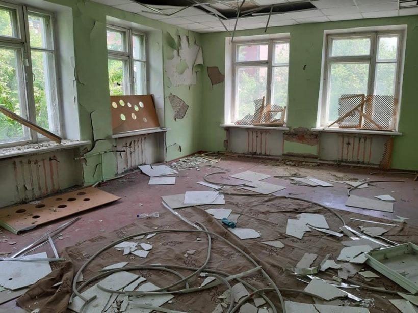 В центре Иркутска несколько лет стоит заброшенный детский сад