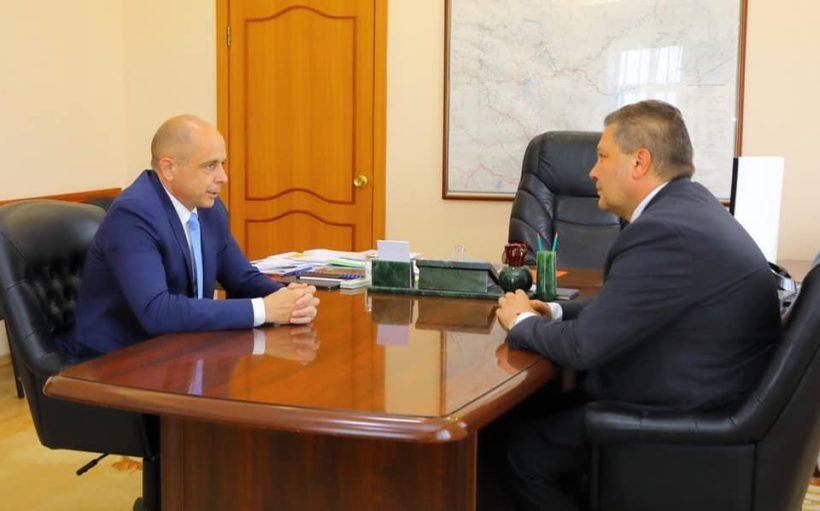 Сергей Сокол обсудил с врио ректора ИГУ Александром Шмидтом начало приемной кампании