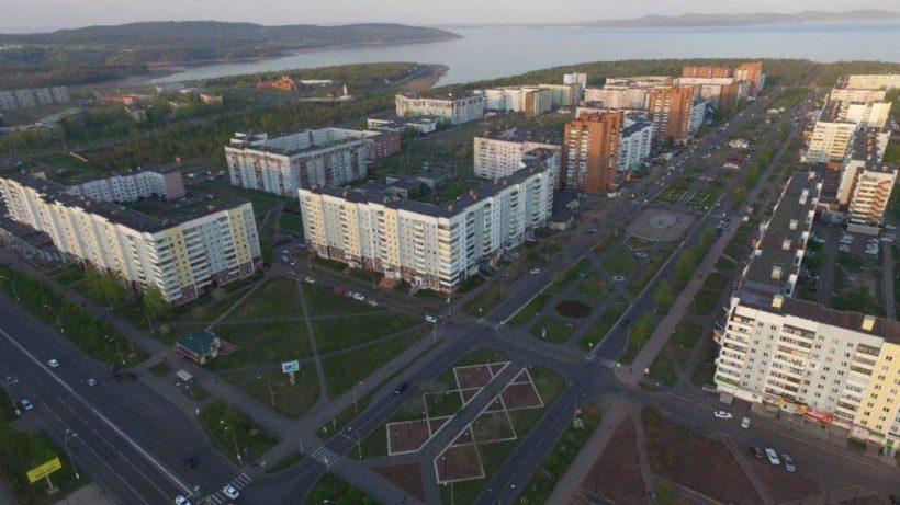 На выборы мэра Братска выдвинулись 14 человек, в том числе два Серебренникова Сергея Васильевича