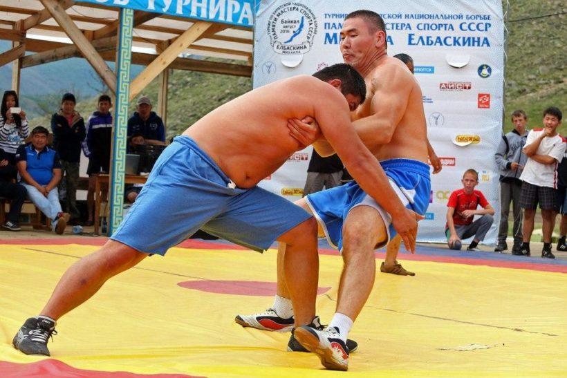 В бухте Сохтор Ольхонского района пройдет турнир по бурятской национальной борьбе с 9 по 11 августа