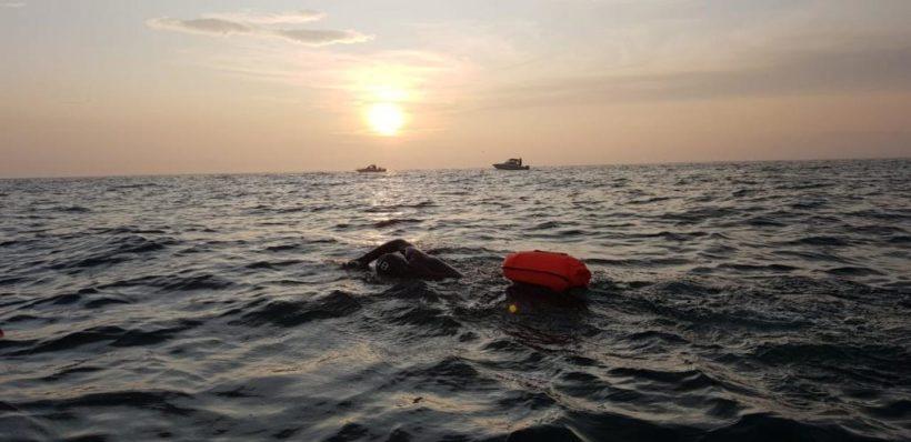 """Заплыв """"За чистый Байкал"""" прервали из-за погодных условий"""
