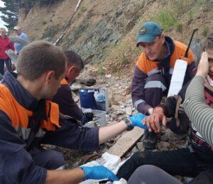 Байкальские спасатели помогли сорвавшемуся с обрыва подростку на ББТ