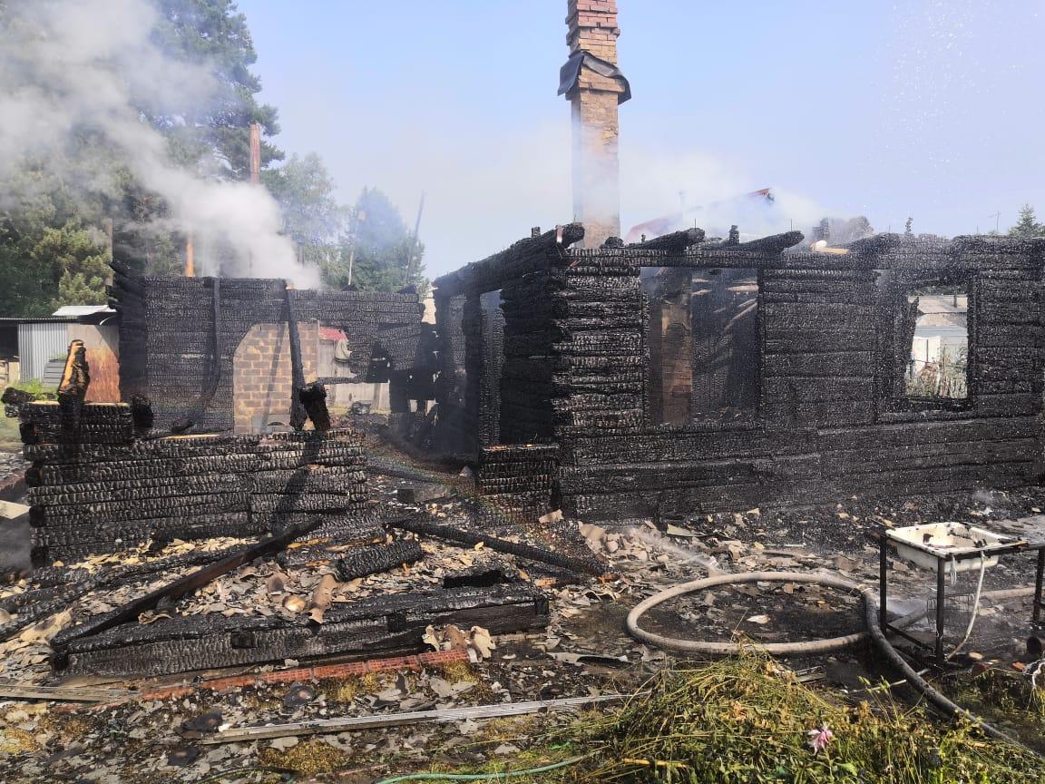 Подросток пострадал на пожаре в Иркутске