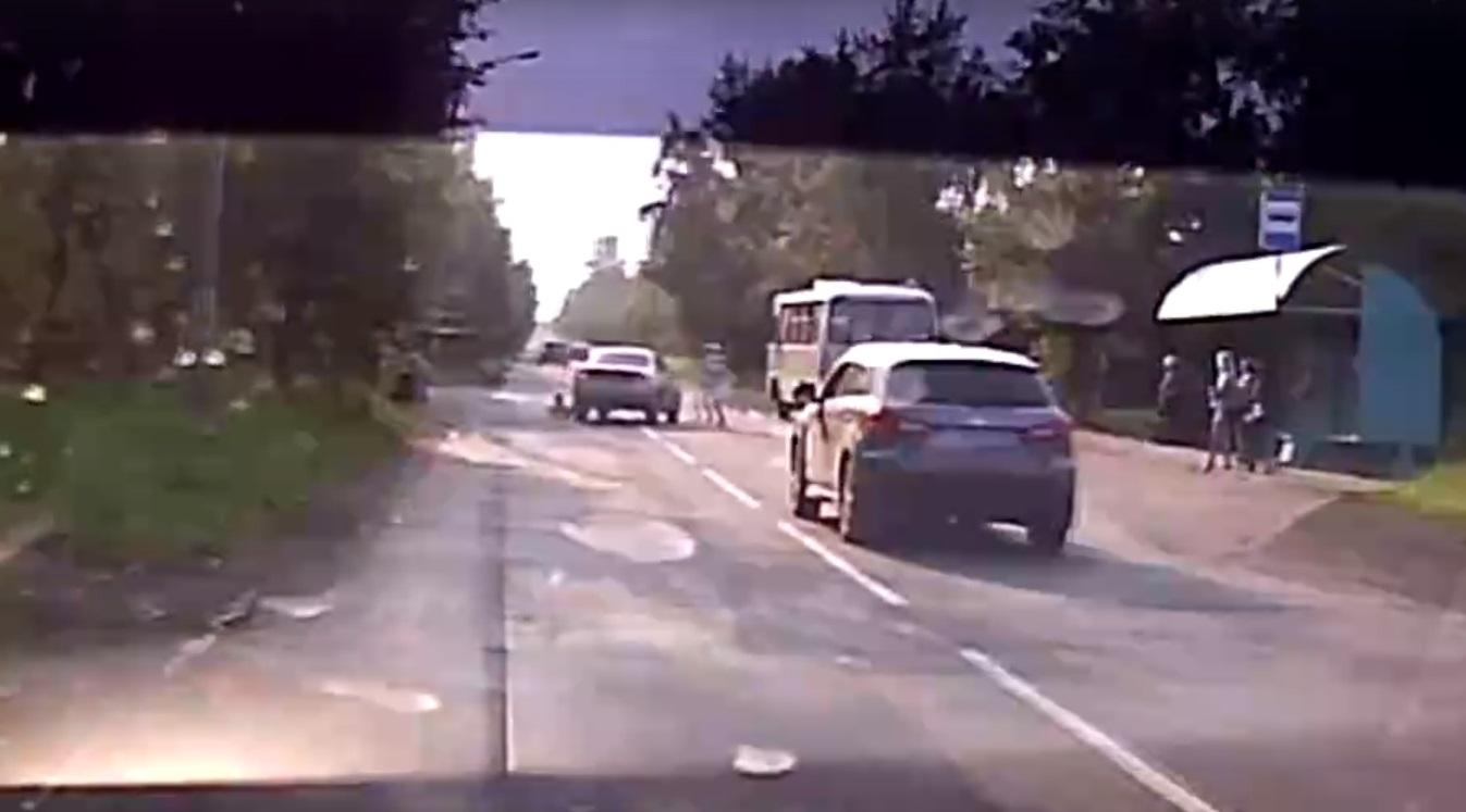 Автоледи сбила выбежавшего на дорогу пятилетнего ребенка в Братске