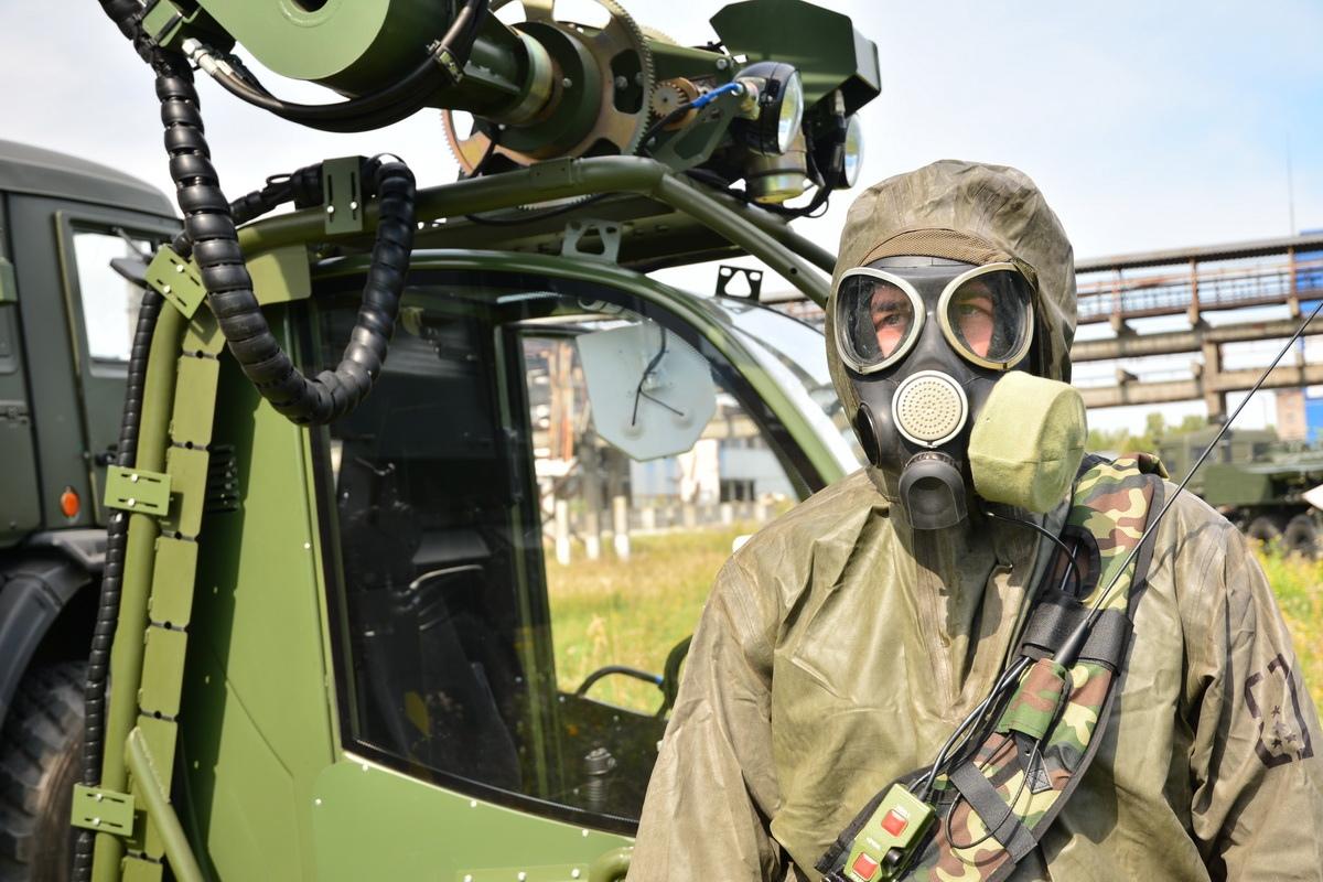 """60 военных работают на промплощадке """"Усольехимпрома"""". Фото и видео"""
