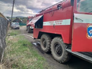 Пожарные устранили возгорание на газопроводе в Усольском районе спустя два дня