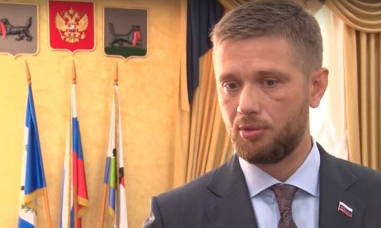 Спикер Думы Иркутска призвал депутатов присоединиться к акции по подвозу врачей