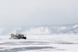 Житель Приангарья разбился на аэролодкена Байкале