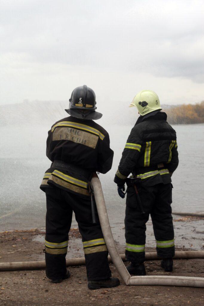 Они каждый день спасают жизни. Фотопроект об иркутских пожарных