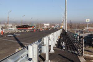 Ремонт первой половины путепровода на Джамбула в Иркутске завершают